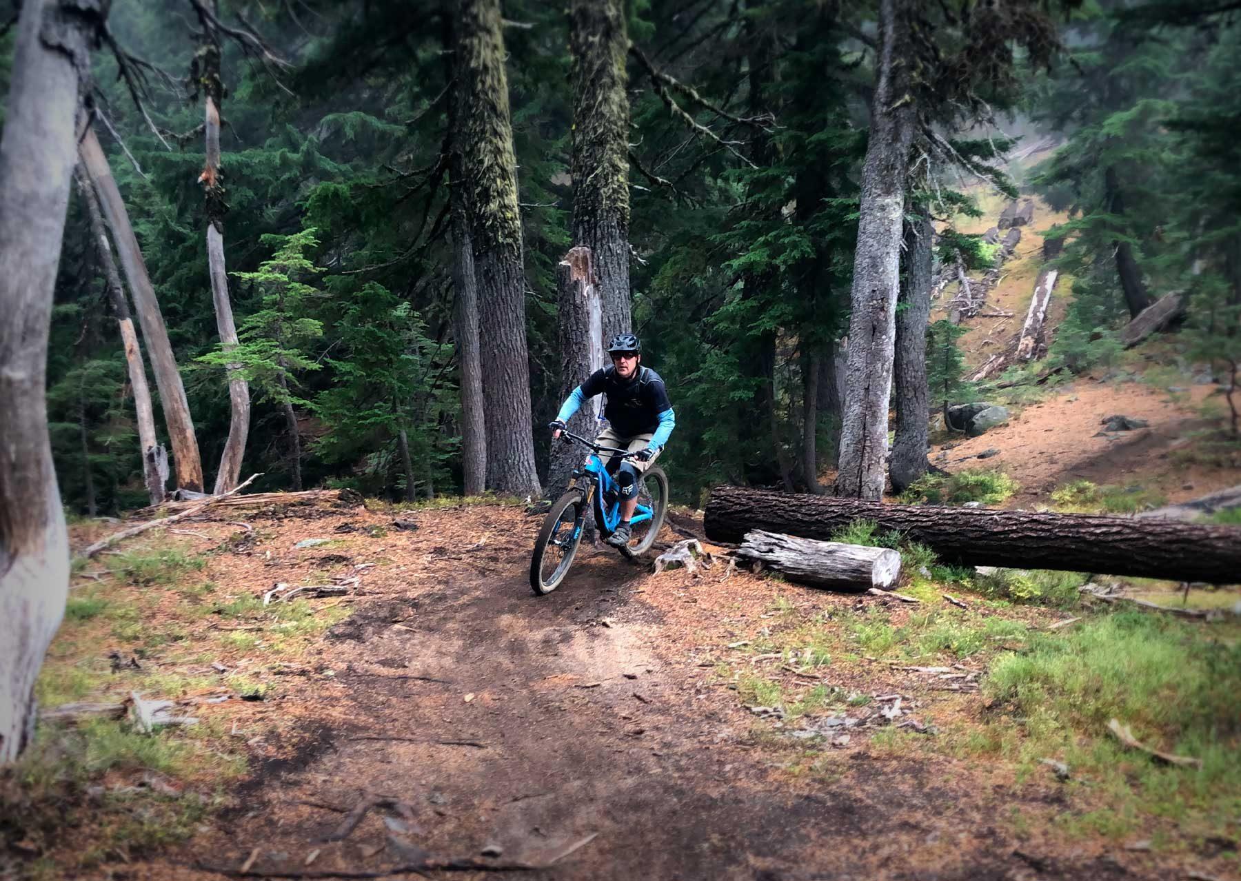 Mountain Biking the Metolius Windigo Trail